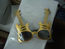2013 Hot Sale Gold Plastic Party Guitar Sunglasses