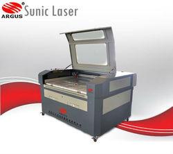 CO2 Laser Die Board Cutting Machinery SCU1290 CE Approval