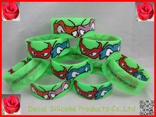 Cute animal shape eye with inside logo for promotional wristbands,silicone balance bracelet,jewellery turkey