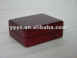 stout wooden oil painting box