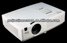 easy to install 3LCD projector with 800:1 contrast