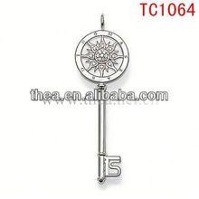 TC1064 2013 Unique style with sun flower key shape pendant sunshine charms