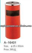 Excellent Quality Red Metal Garbage Can (A-16401)