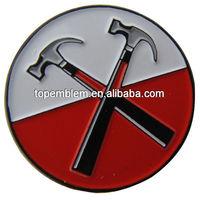 Hammer Lapel pin