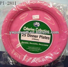 Disposable plastic dinner plates for birthday party