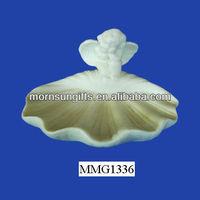 Beautiful white ceramic shell shaped unique soap dish