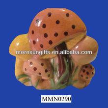 2013 Popular and high quality ceramic mushroom tissue box