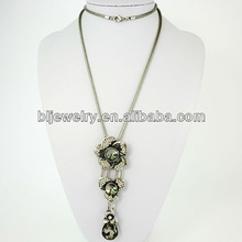 New fashion long chain with fine flowers pendant necklace