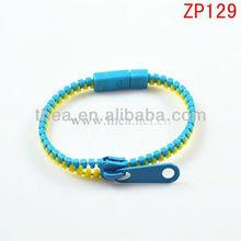 2013 Zipper bracelet with cheap price double color plastic bangle