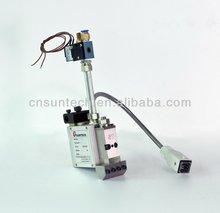 hot melt applicator for making medical band-aid or adhesive bandage