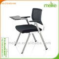 Cadeira de estudante com almofada de escrita