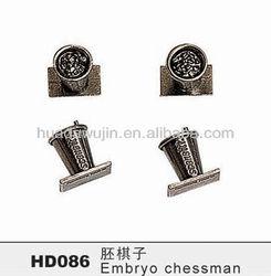 Cheap and high quality chessmen/elegant chess/decoration craft