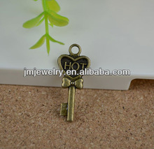 Fashion cooper key shaped pendant for jewelry making