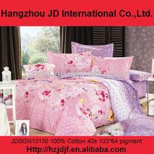 De color rosa y morado con flores color de rosa layings cama de patchwork en textiles para el hogar, ropa de cama cubierta de conjunto en hangzhou