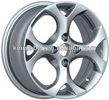 Simple white car aluminum alloy wheel rims