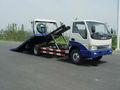 La compañía de coches, de auxilio vial, plataforma deslizante de camiones de remolque