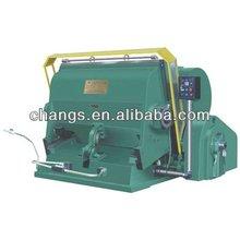 Semi-automatic creasing and die cutting machine