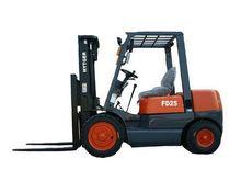 2000-3500kg TCM Type Diesel Forklift Truck FD20-FD35, with PERKINS engine, Affordable and Hard-Working forklift trucks