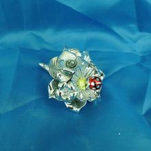 porcelain silver flower horn