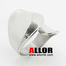 Beautiful Flower Stainless Steel Unique Ring
