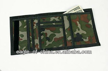 camouflaged unisex nylon wallet, made of nylon, polyester or cotton