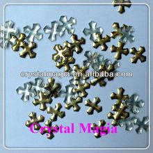 gold Cross nailhead iron on pattern