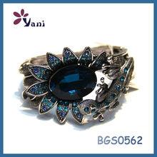 Low price buy ladies imitation diamond jewelry wholesale couples love deep blue murano glass beaded bracelet