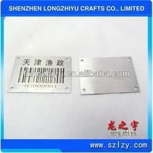 chinois personnalisé chers plaque signalétique signer adhésif en métal badge étiquette nom badge broche