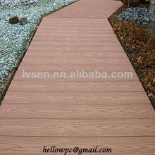 Less-cracking wood plastic decking