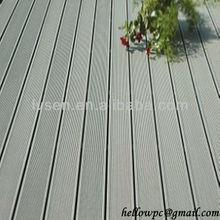 Less-warping plastic wood decking