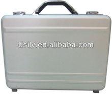 Moulded aluminum laptop/notebook computer attache case briefcase