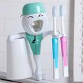 Baratos 2013 automático dispensador de pasta de dientes& titular de cepillo de dientes
