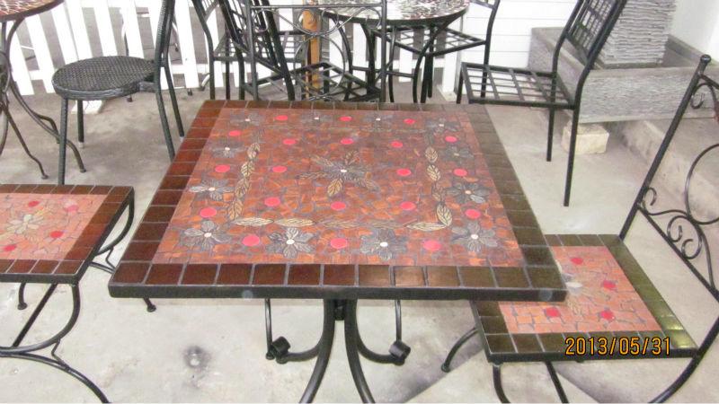 Carr s de c ramique ext rieur table 4 table pliante id du for Table exterieur ceramique