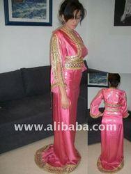 Robes et burnous Kabyles sur mesure en ligne
