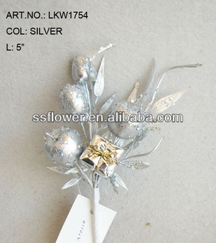 "2014 Hot Sale Artificial Christmas Fruit Pick 5"" Artificial Polyfoam Silver Fruit With Berries and Pineneedle Pick"