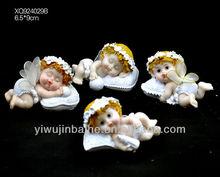 XQ924029B.6.5*9cm.Little Sleeping Resin Angels /Mini Angels with Webby Wings