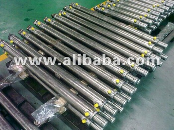 hydraulic cylinder for post driver