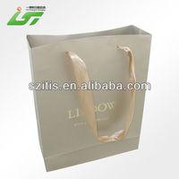 Custom Beautiful Printing Good Quality cream gift paper bags