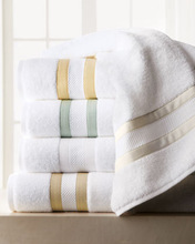 Comfortable Cotton Towel For Hotel, White Plain Towel