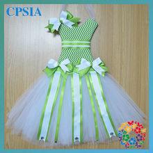 Newestl ! CUTE Tutu ribbon bow holder Soft chiffon Tutus chevron white bow holder
