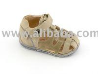 Froddo baby sandals