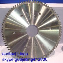 Manufacturer of precision carbide tipped circular saw blades