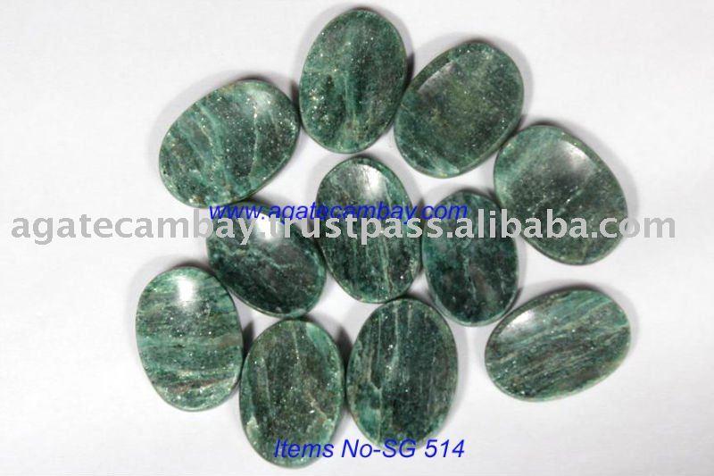 Green Mica [zade]Worry Stone
