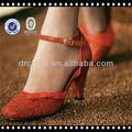 2014 buen estilo de la pu brillo de cuero material para la fabricación de calzado de tela