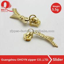 2014 Handbag metal zip slider puller new design light gold zip slider 5.5g