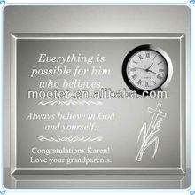 Vidro gravado relógio de cristal decoração para Christen favores