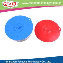 Shenzhen Feiaoda eco-friendly colorful kitchen utensil glass bottle silicone cover