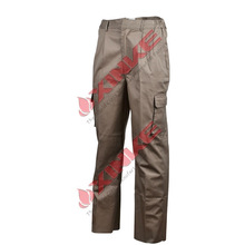 workwear trousers with pockets
