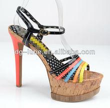 Bunte mode top sexy high heel sandaletten, neue modell sexy sandalen für frauen
