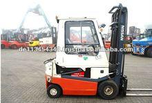 002L20Cu E4533 Nissan Electric Forklift Truck